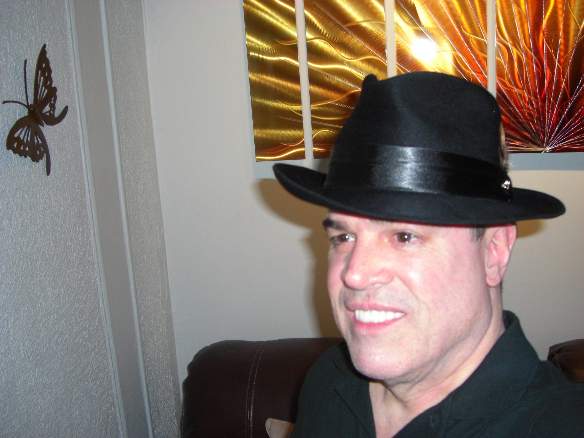 b87bfd0713829 I like the style of this Dobbs Hat very much. I recommend this hat for  anyone with impeccable taste who wants to dress classy and top it off with    A Very ...